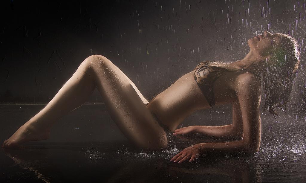 Heathrow Escorts hot bikini body