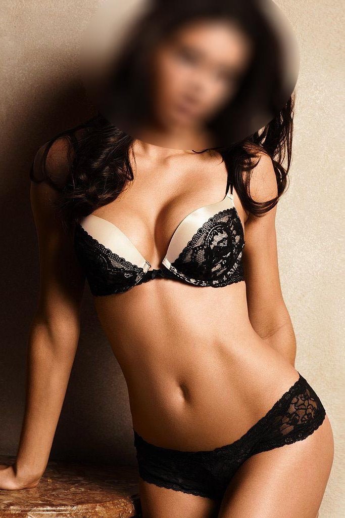 Violet - Cheap London Escort