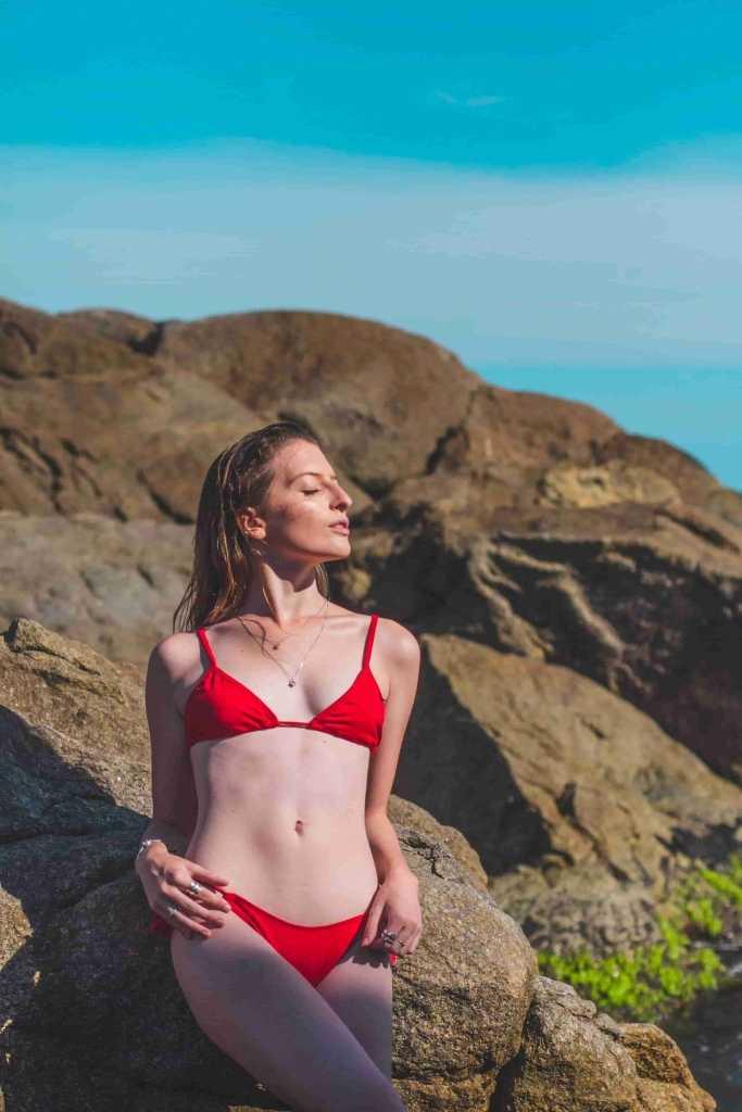 Brentfor Escorts so hot bikini girl