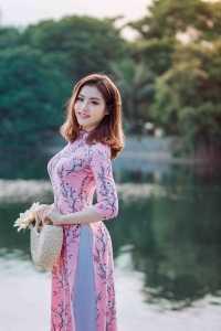 London escorts hot asian lady