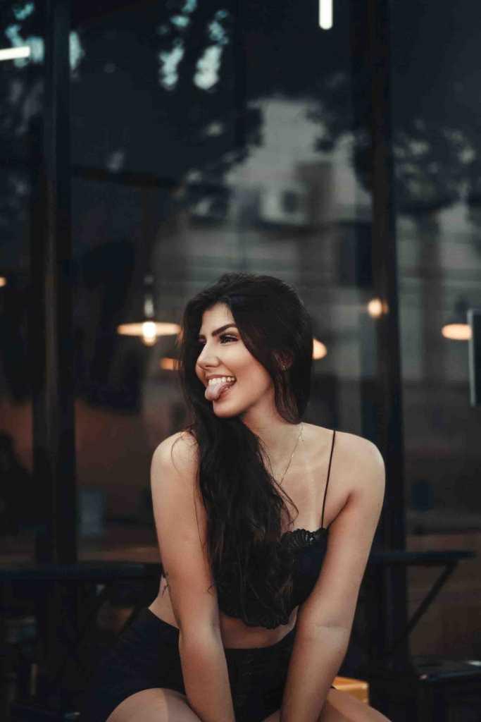 Cheap Portuguese Escorts - charming woman