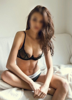 Harper - Cheap London Escort