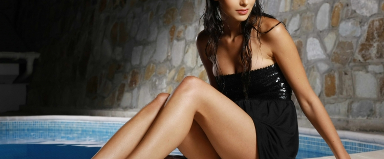 London Escorts Wet And With Black Dress