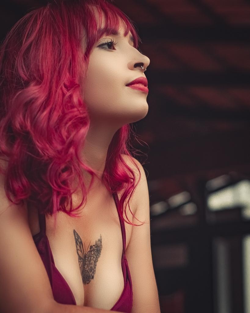 Paddington escorts - sexy redhead
