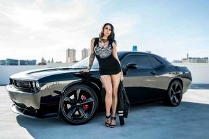Submissive escorts - super sexy model